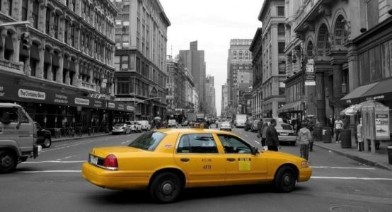 滴滴司机太累乘客开车 出事了责任怎么分担?