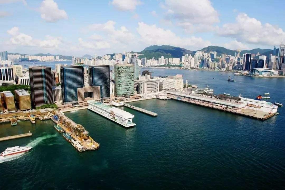香港楼市成交腰斩背后 带来哪些启示?