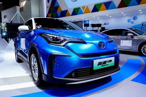 """什么是丰田的""""决心""""与""""初心""""?在北京车展丰田展台,我们找到了答案"""